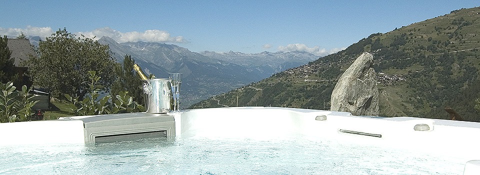 Jacuzzi view from chalet